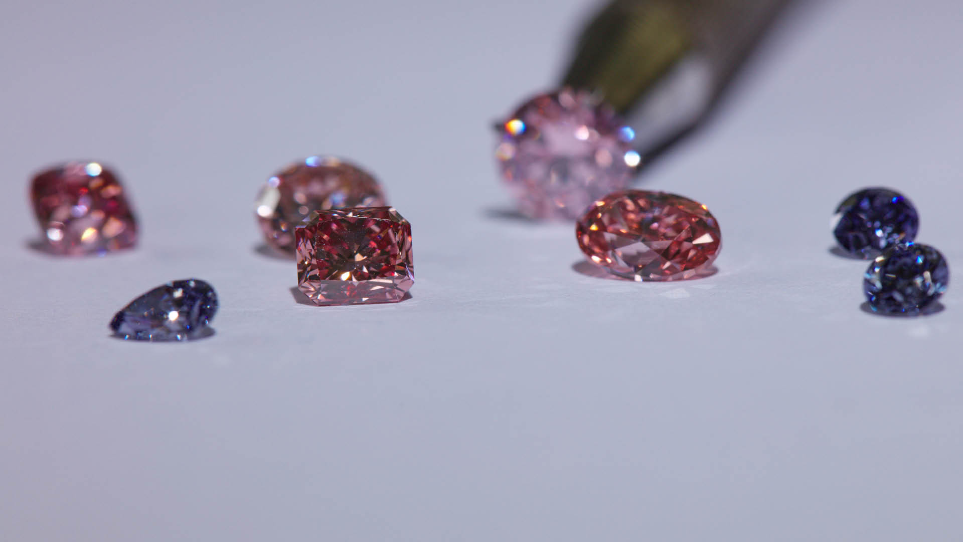 fancy our than as of diamonds fb we vivid complicate cover like red i how types natural the diamond tones before diam get there main more explain is what center pink direct blue two rare so learning hpht but its to that color guide